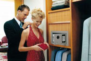 cassaforte i prodotti delle migliori marche al miglior. Black Bedroom Furniture Sets. Home Design Ideas